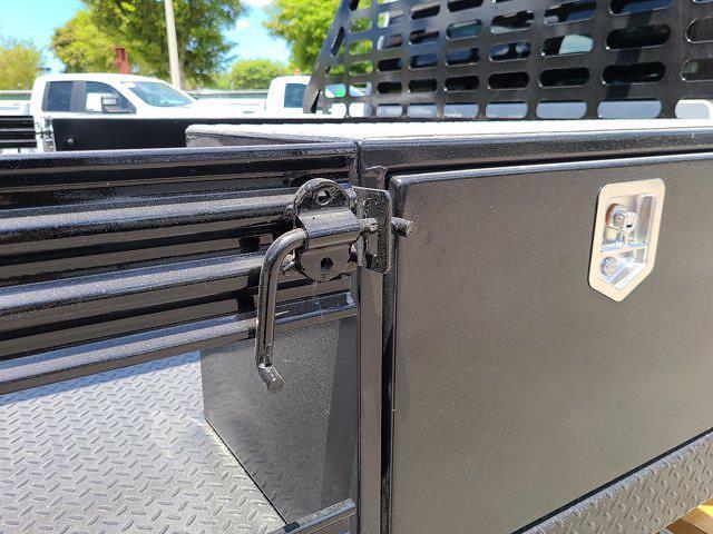 2021 Chevrolet Silverado 3500 Crew Cab AWD, CM Truck Beds Contractor Body #CM29530 - photo 59