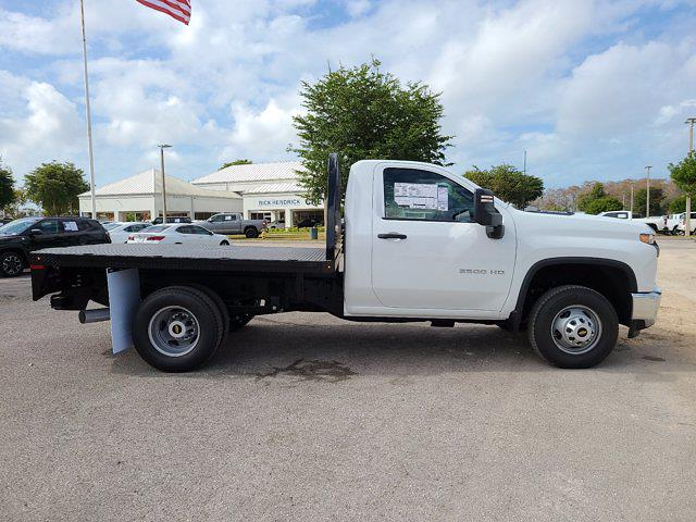 2021 Chevrolet Silverado 3500 Regular Cab AWD, Knapheide PGNB Gooseneck Platform Body #CM40056 - photo 11