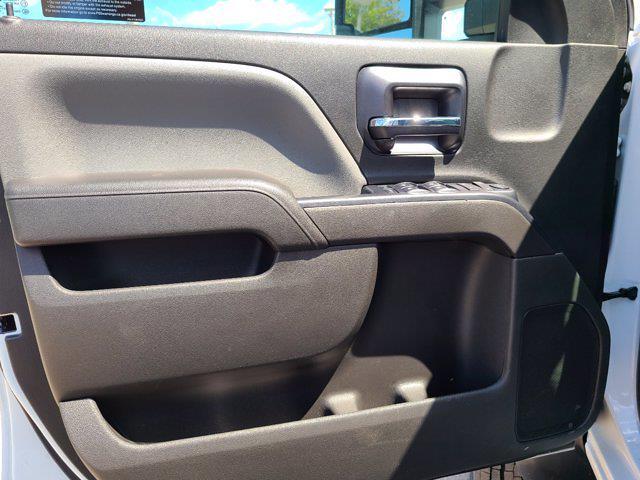 2021 Chevrolet Silverado 4500 Crew Cab DRW 4x4, Cab Chassis #CM40913 - photo 17