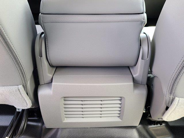2021 Chevrolet Silverado 4500 Crew Cab DRW 4x4, Cab Chassis #CM40913 - photo 48