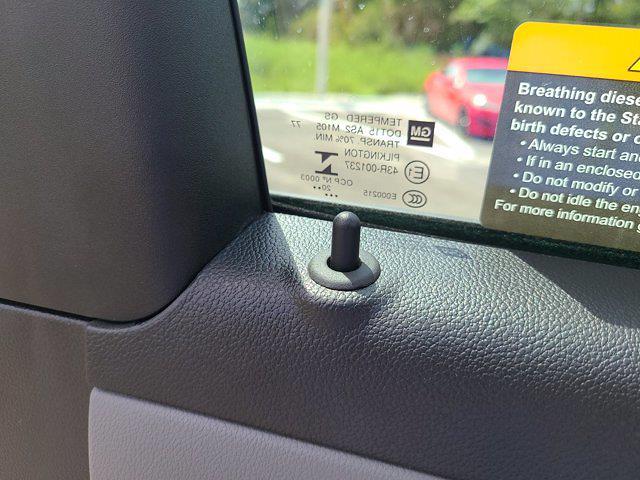2021 Chevrolet Silverado 5500 Regular Cab DRW 4x4, Knapheide Crane Body Mechanics Body #CM60412 - photo 19