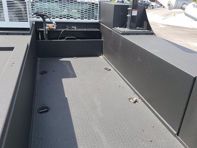 2021 Chevrolet Silverado 5500 Regular Cab DRW 4x4, Knapheide Crane Body Mechanics Body #CM60412 - photo 48