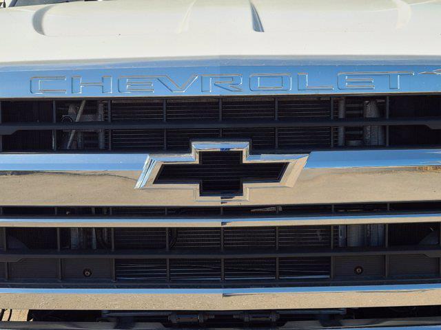2020 Chevrolet Silverado 5500 Regular Cab DRW 4x4, Palfinger PAL Pro 20 Mechanics Body #DCL92724 - photo 12