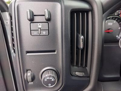 2020 Chevrolet Silverado 5500 Regular Cab DRW 4x2, Cab Chassis #DCL92766 - photo 17