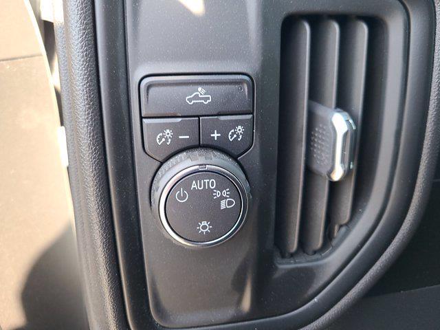 2019 Chevrolet Silverado 1500 Crew Cab 4x2, Pickup #M02902A - photo 26