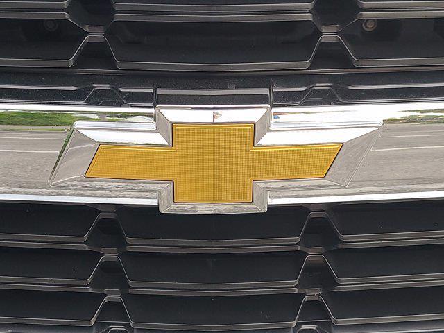 2016 Chevrolet Silverado 1500 Crew Cab 4x4, Pickup #M05164A - photo 10