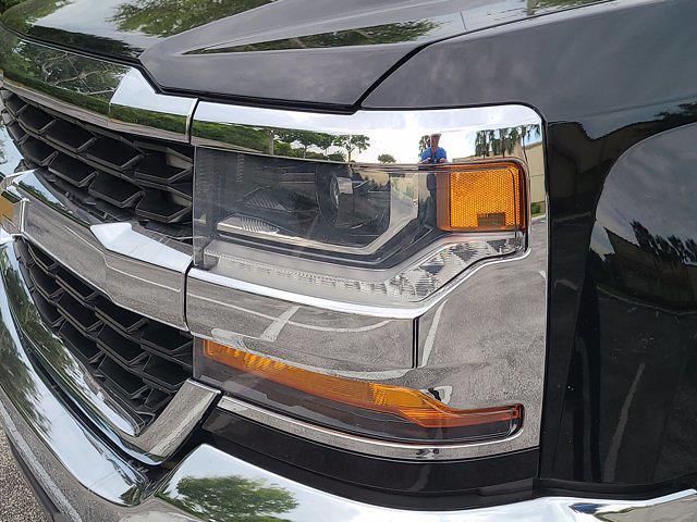 2016 Chevrolet Silverado 1500 Crew Cab 4x4, Pickup #M05164A - photo 11