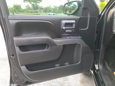 2016 Chevrolet Silverado 1500 Crew Cab 4x4, Pickup #M05164A - photo 15