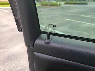 2016 Chevrolet Silverado 1500 Crew Cab 4x4, Pickup #M05164A - photo 16
