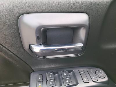 2016 Chevrolet Silverado 1500 Crew Cab 4x4, Pickup #M05164A - photo 17