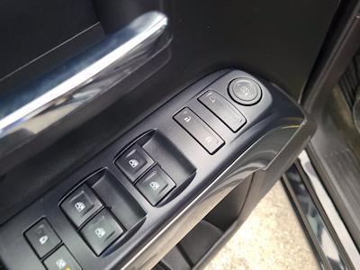 2016 Chevrolet Silverado 1500 Crew Cab 4x4, Pickup #M05164A - photo 18