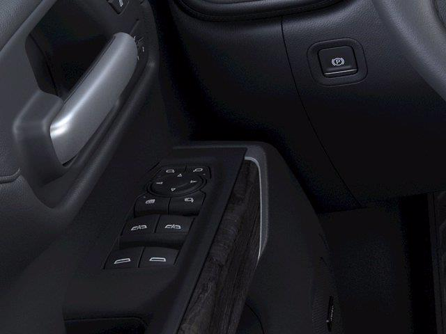 2021 Chevrolet Silverado 1500 Crew Cab 4x2, Pickup #M07193 - photo 19