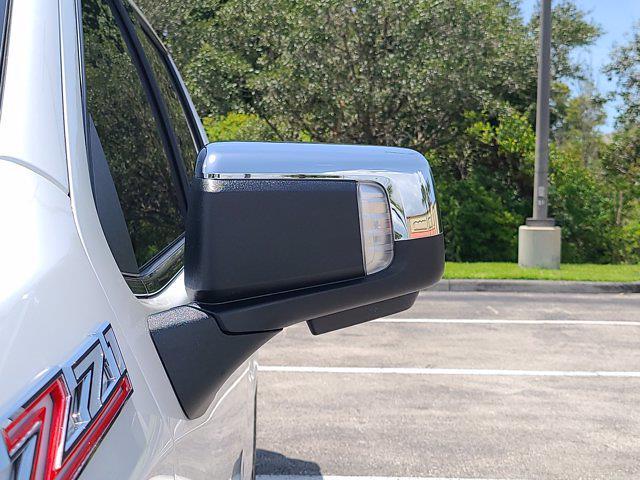 2021 Chevrolet Silverado 1500 Crew Cab 4x4, Pickup #M07719 - photo 17
