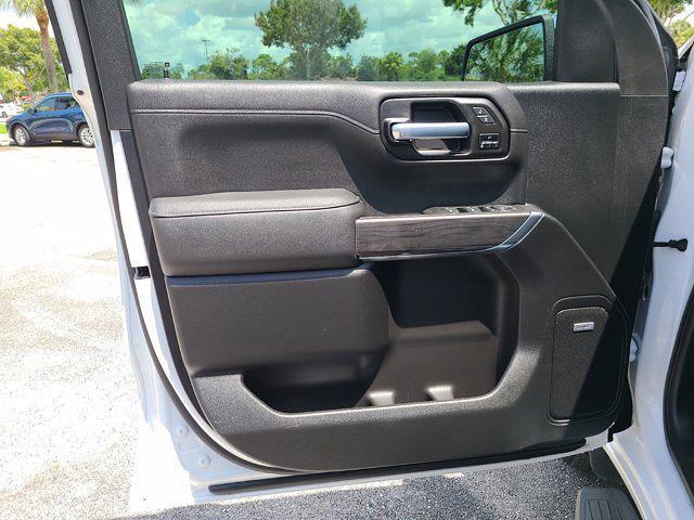2021 Chevrolet Silverado 1500 Crew Cab 4x4, Pickup #M07719 - photo 20