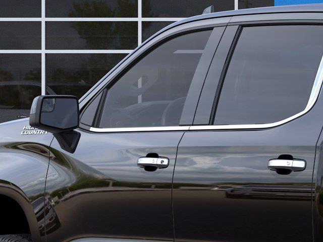 2021 Chevrolet Silverado 1500 Crew Cab 4x4, Pickup #M10465 - photo 10