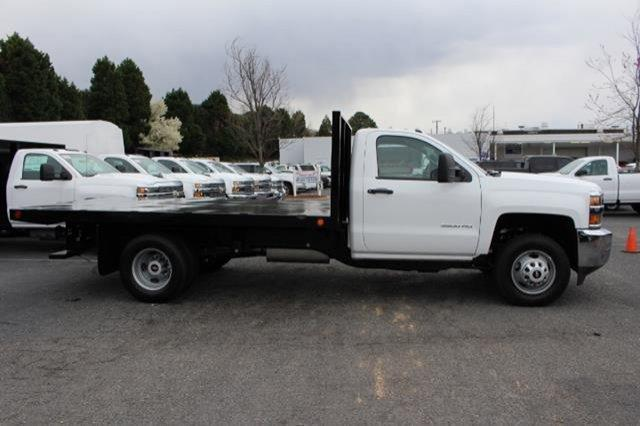 2018 Silverado 3500 Regular Cab DRW,  Platform Body #M107913 - photo 8