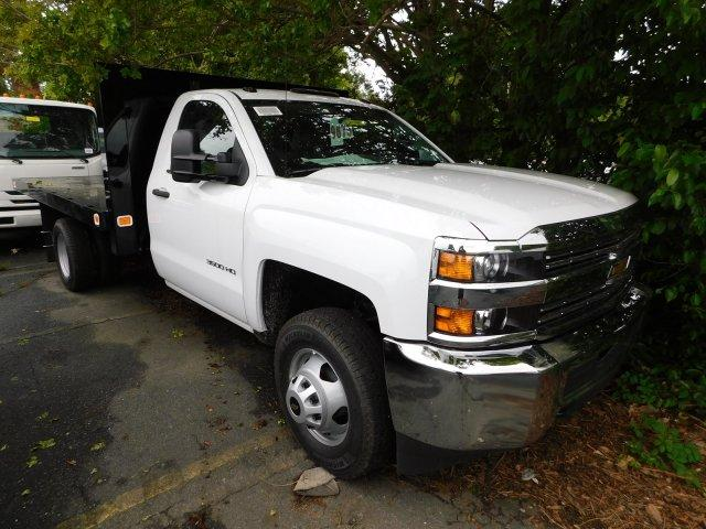 2017 Silverado 3500 Regular Cab DRW,  Platform Body #M146781 - photo 22