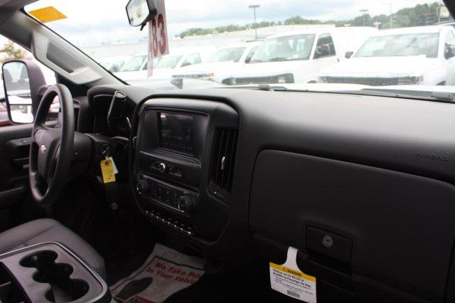 2017 Silverado 3500 Regular Cab DRW,  Platform Body #M147545 - photo 28