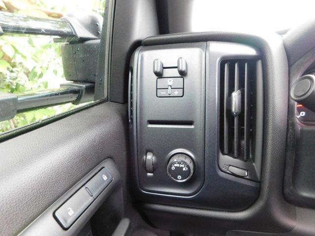2017 Silverado 3500 Regular Cab DRW,  Platform Body #M148618 - photo 31