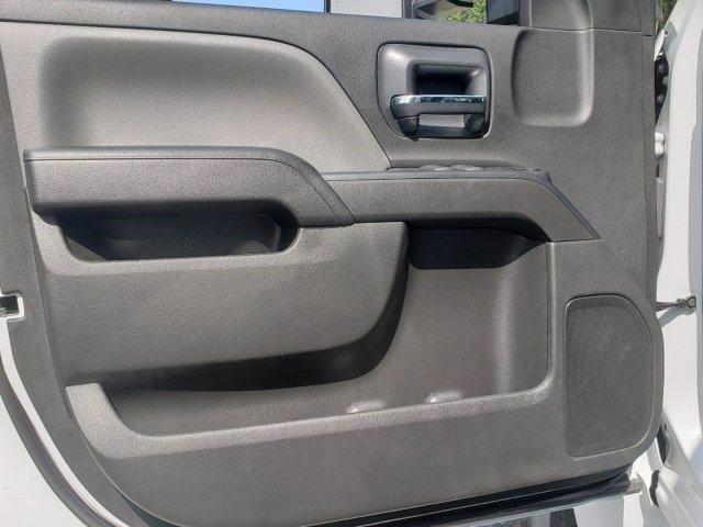 2020 Chevrolet Silverado 6500 Crew Cab DRW RWD, MC Ventures Chipper Body #M162942 - photo 10