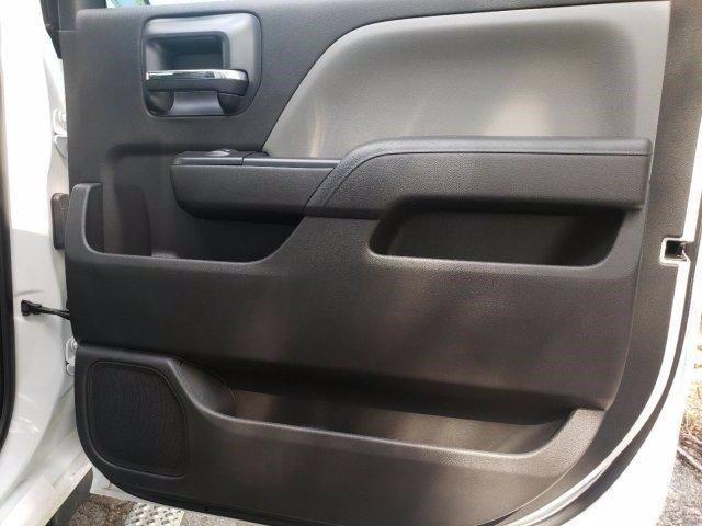 2020 Chevrolet Silverado 6500 Crew Cab DRW RWD, MC Ventures Chipper Body #M162942 - photo 31
