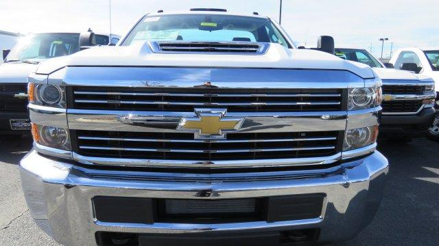 2018 Silverado 3500 Regular Cab DRW 4x2,  Knapheide Service Body #M180571 - photo 6