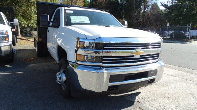 2017 Silverado 3500 Regular Cab DRW,  Platform Body #M185804 - photo 31