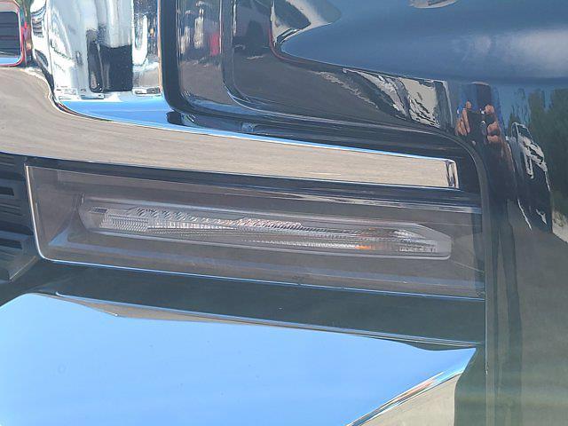 2019 Chevrolet Silverado 1500 Crew Cab 4x4, Pickup #M34972A - photo 14