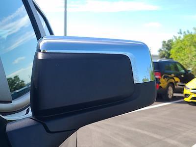 2019 Chevrolet Silverado 1500 Crew Cab 4x4, Pickup #M34972A - photo 16