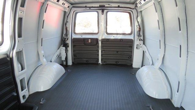 2017 Express 2500,  Empty Cargo Van #M350498 - photo 2