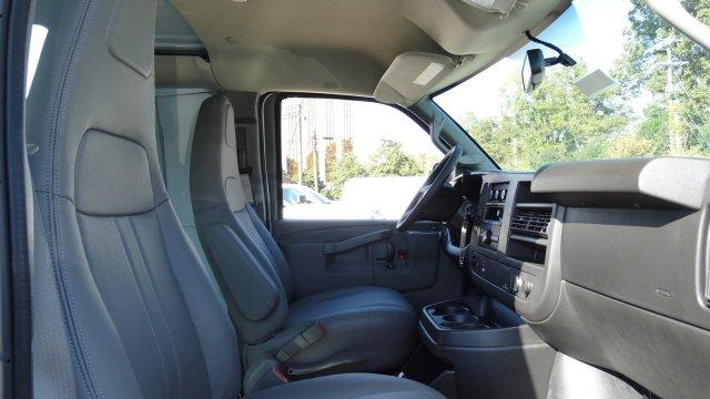 2017 Express 2500,  Empty Cargo Van #M350738 - photo 34