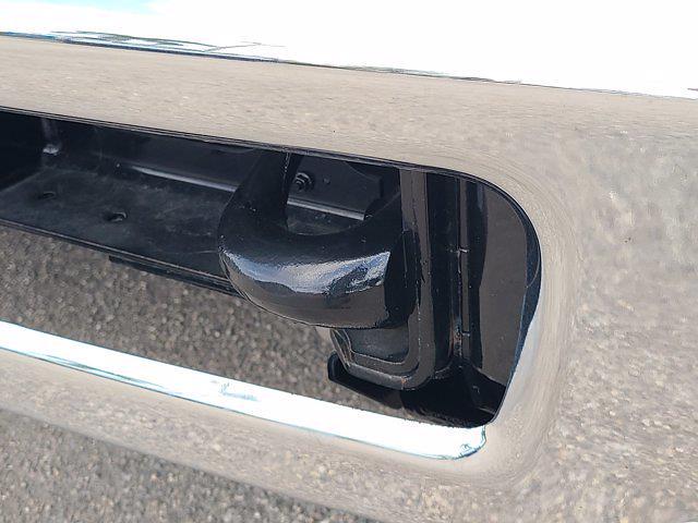 2020 Chevrolet Silverado 5500 Regular Cab DRW 4x2, CM Truck Beds AL ER Model Hauler Body #M357138 - photo 17