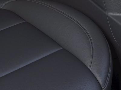 2021 Chevrolet Silverado 1500 Crew Cab 4x2, Pickup #M40447 - photo 18
