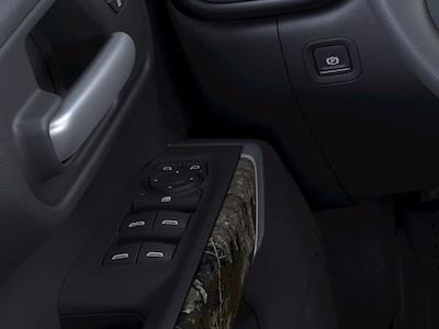 2021 Chevrolet Silverado 1500 Crew Cab 4x4, Pickup #M40683 - photo 19