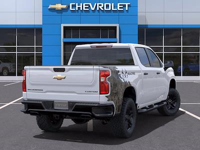 2021 Chevrolet Silverado 1500 Crew Cab 4x4, Pickup #M40683 - photo 2
