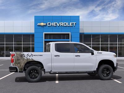 2021 Chevrolet Silverado 1500 Crew Cab 4x4, Pickup #M40683 - photo 5