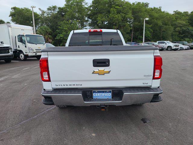 2018 Chevrolet Silverado 1500 Double Cab 4x4, Pickup #M45574A - photo 3
