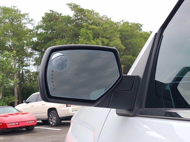 2018 Chevrolet Silverado 1500 Double Cab 4x4, Pickup #M45574A - photo 16