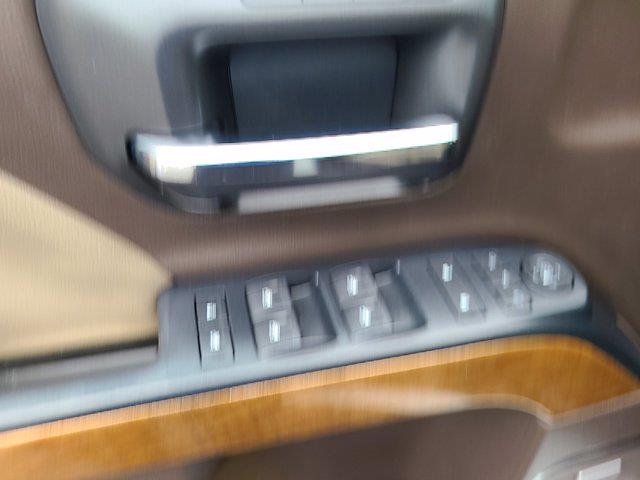 2018 Chevrolet Silverado 1500 Double Cab 4x4, Pickup #M45574A - photo 20