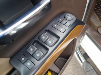 2018 Chevrolet Silverado 1500 Double Cab 4x4, Pickup #M45574A - photo 21