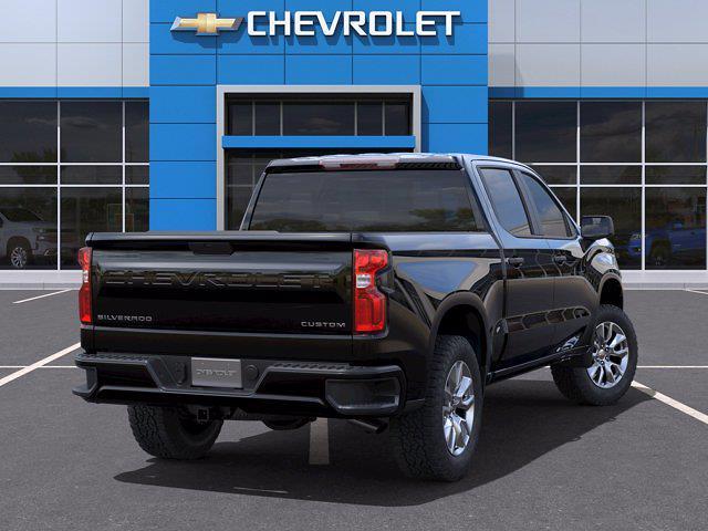 2021 Chevrolet Silverado 1500 Crew Cab 4x2, Pickup #M48320 - photo 2