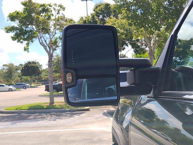2015 GMC Sierra 2500 Crew Cab 4x4, Pickup #M51752A - photo 17
