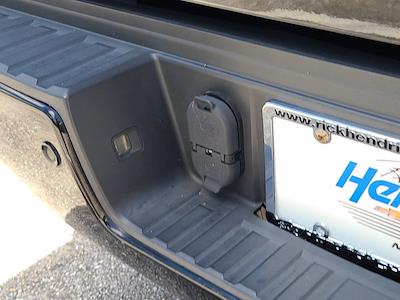 2015 GMC Sierra 2500 Crew Cab 4x4, Pickup #M51752A - photo 61