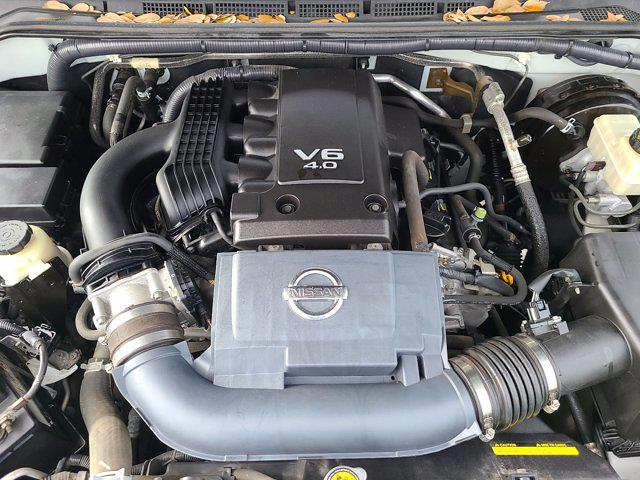 2016 Nissan Frontier Crew Cab 4x2, Pickup #M54147A - photo 70