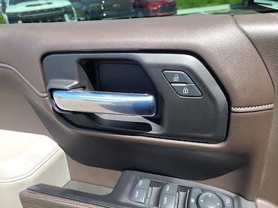 2019 Chevrolet Silverado 1500 Crew Cab 4x4, Pickup #M55593A - photo 18