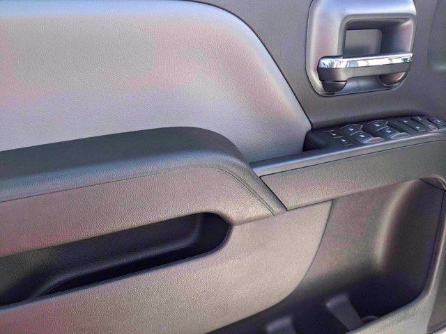 2020 Chevrolet Silverado 4500 Crew Cab DRW 4x2, Knapheide Value-Master X Stake Bed #M583656 - photo 10
