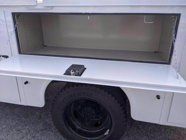 2020 Chevrolet Silverado 5500 Crew Cab DRW 4x2, Knapheide Steel Service Body #M584851 - photo 34