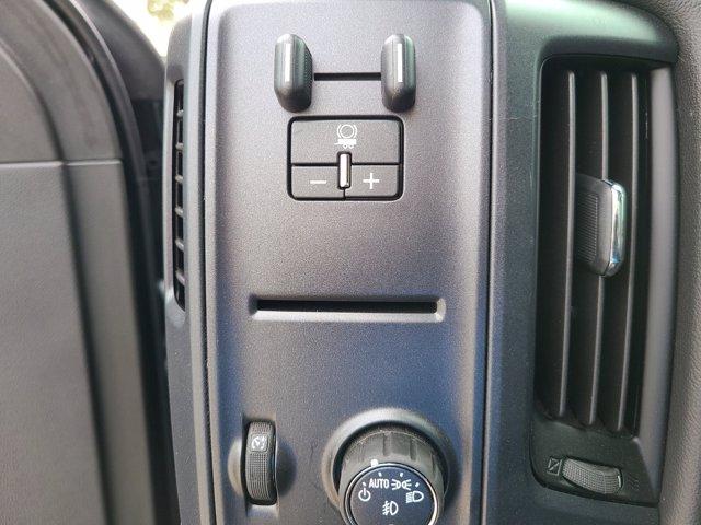 2019 Chevrolet Silverado 5500 Regular Cab DRW RWD, Cab Chassis #M611577 - photo 11