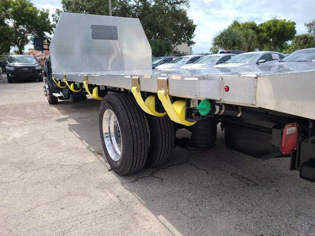 2019 Chevrolet Silverado 5500 Regular Cab DRW RWD, Cab Chassis #M611577 - photo 25