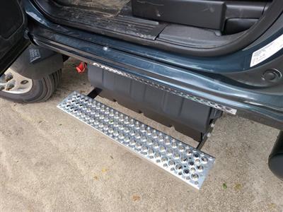 2019 Chevrolet Silverado 5500 Regular Cab DRW RWD, Cab Chassis #M611577 - photo 6